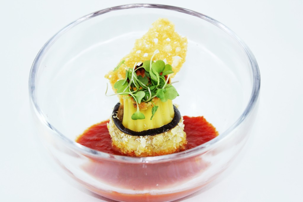 mcewan_McEwanFoods_Eggplant-Parmesan-Rolls_McEwansOwn_shopsatdonmills